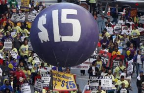 Eylemler sonuç verdi: ABD'de asgari ücret 2025'e kadar saatte 15 dolar olacak