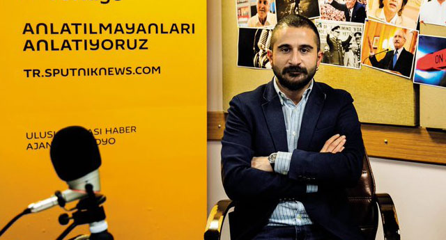 Sputnik yayın yönetmeni: Davutoğlu figürünü önemsemiyoruz, haber değeri yok