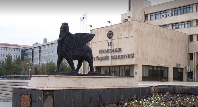 Saray Mülkiye Müfettişleri'ne rapor hazırlattı:' Belediye başkanını Cumhurbaşkanı atasın'