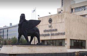 AKP seçilen belediye başkanlarının yerine yine kayyım atadı