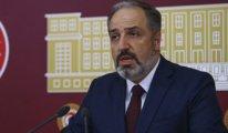 AKP'de üst düzey ilk istifa!
