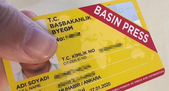 Basın kartlarıyla ilgili Türkiye'ye 'partizanlık' suçlaması
