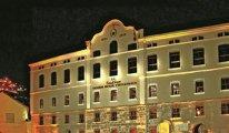 İki tarihi bina daha Medipol'e geçti