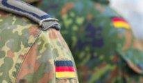 Almanya'da ırkçı bir askerin 17 isimlik liste yaptığı ortaya çıktı!