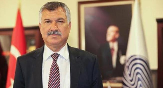 Adana Belediyesi'ne haciz: Zeydan Karalar'ın koltuğu ve masası dahi gitti
