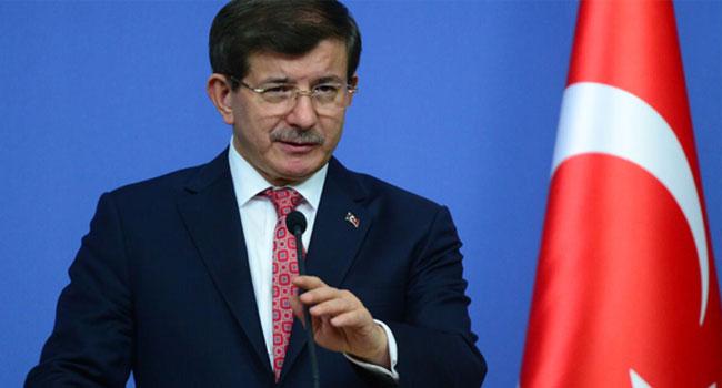 3 yıl önce Davutoğlu: Bu belediye başkanları ihanetin hesabını verecekler!