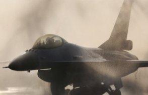 ABD ve Rus uçakları Karadeniz'de karşı karşıya geldi