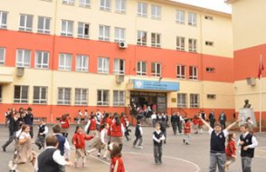 MEB'ten itiraf : Okullarda öğrenciler büyük risk altında