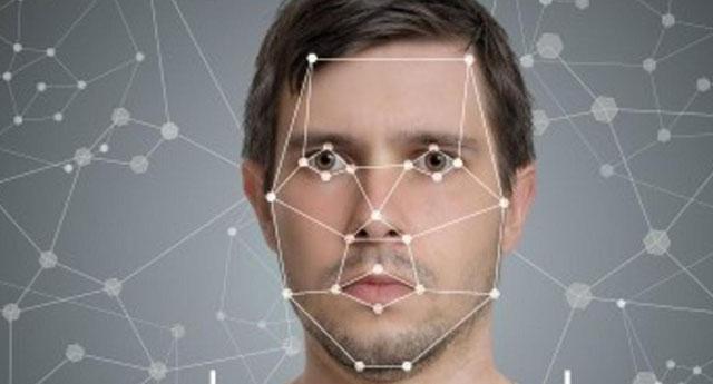 Facebook yüz tanıma teknolojisini kaldırdı