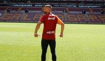 Galatasaray yıldız futbolcuyu renklerine bağladı