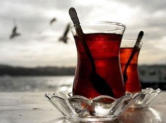 Sıcak çay içenlere kötü haber