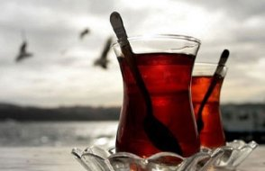 Siyah çay ve çörek otu... Amerikalı doktor koronavirüse karşı önerdi, etkilerini tek tek anlattı!
