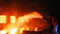 Çin'de havai fişek fabrikasında patlama!