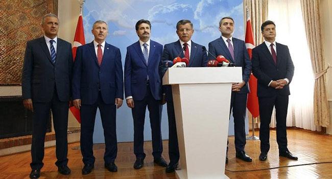 İşte Davutoğlu'nun partisinin kurucular kurulu üyeleri