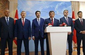 AKP'den 10 milletvekili ile temas: Şimdilik istifa etmeyin!