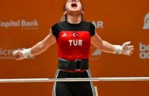 Milli halterci dünya şampiyonu oldu