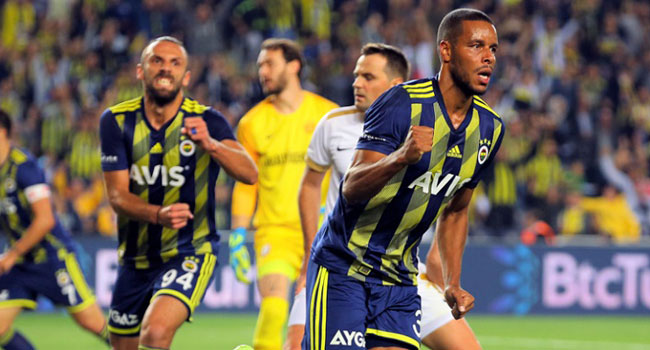 Fenerbahçe'de yıldız isimle yollar ayrıldı
