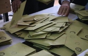 KONDA: 'AKP yüzde 30'un altında'