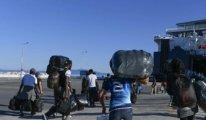 Midilli Adası'ndan 2.500 mülteci Yunanistan anakarasına götürülüyor