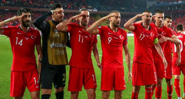 Alman Federasyonu ile Türk futbolcular arasında 'like' krizi