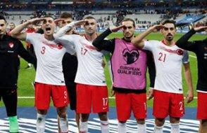 UEFA, Fransa Türkiye maçıyla ilgili soruşturma başlattı!