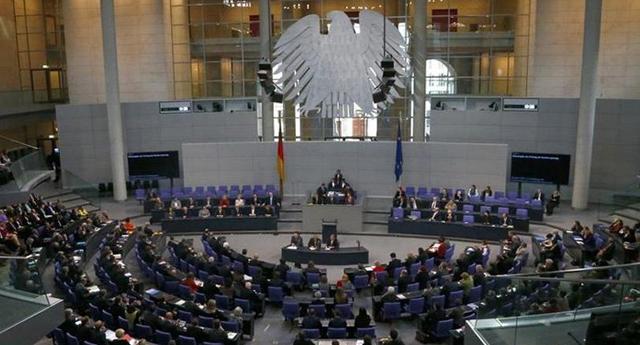 AB adayı statüsü kaldırmalı, NATO üyeliği dondurulmalı