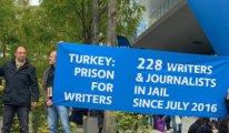 'Tutuklu gazeteci ve yazarları serbest bırakın'