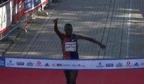 Kenyalı atlet İstanbul Maratonun'da rekor kırdı