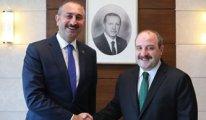 AKP kulisi: Pelikancılar iki bakanı götürecek