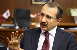 Eski AKP'liden Davutoğlu'na sürpriz destek