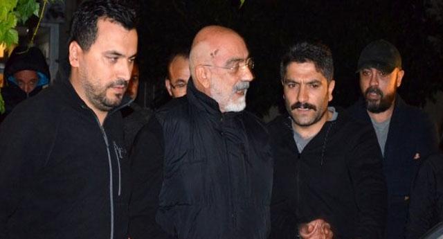'Ahmet Altan, darbeci olduğu için değil, darbecilerle mücadele ettiği için hapse atıldı'