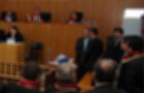 Gözaltındaki avukatları bırakmak için aleni para istiyorlar