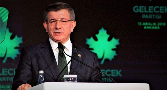 Davutoğlu'ndan AKP'ye karşı ilginç hamle