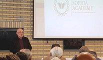 Sophia Academy bilgilendirme akşamında projeleri tanıttı
