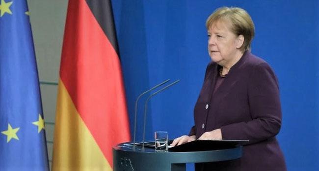 Merkel'e halk desteği zirvede