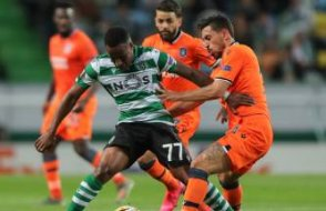 UEFA Avrupa Ligi: Sporting Lizbon - Medipol Başakşehir maçında tam 4 gol vardı