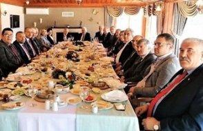 Halk açken yiyin efendiler yiyin!