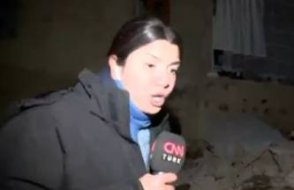 CNN Türk ekibi Van'daki ikinci depreme canlı yayında yakalandı
