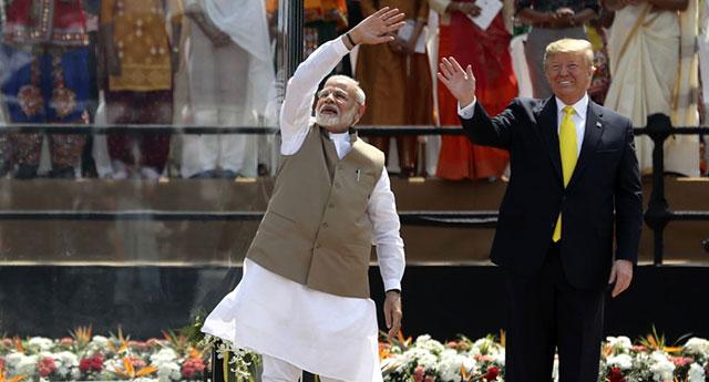 Trump: 'Hindistan'la 3 Milyarlık Askeri Anlaşma İmzalayacağız'