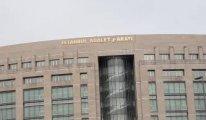 Şiddetli rüzgar Adalet Sarayı'nın yazısındaki bir harfi ters çevirdi