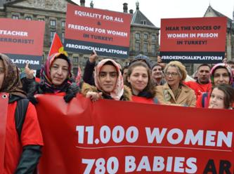Amsterdam'da kadınlara destek eylemi