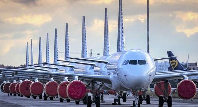 Uçaklar yerde