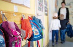 Almanya'da okul tartışması: Vak'a artışına rağmen yüz yüze eğitim devam ediyor