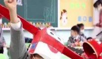 Çin'de okullarda ilginç sosyal mesafe ayarlama yöntemi