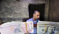 FINANCIAL TIMES: Doları 7'nin altına tutmak için çok uğraştılar ama...