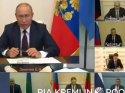 Putin video konferansta kızdı, kalemi masaya attı