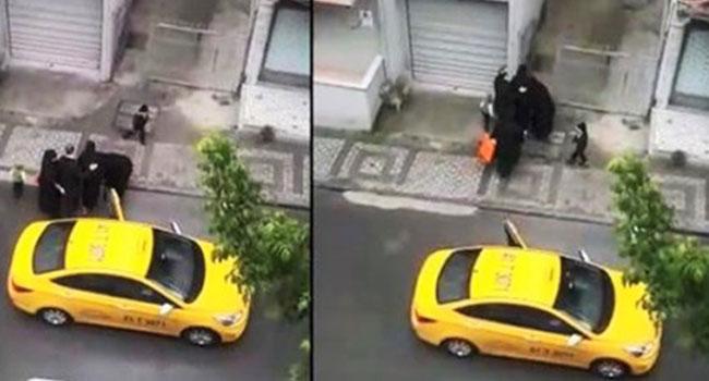 Doğumu başlayan kadını taksiden indirdi!