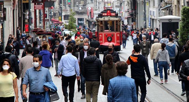Z kuşağı AKP'nin korkulu rüyası oldu