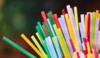 İngiltere plastik pipet ve kulak temizleme çubuklarının satışını yasakladı