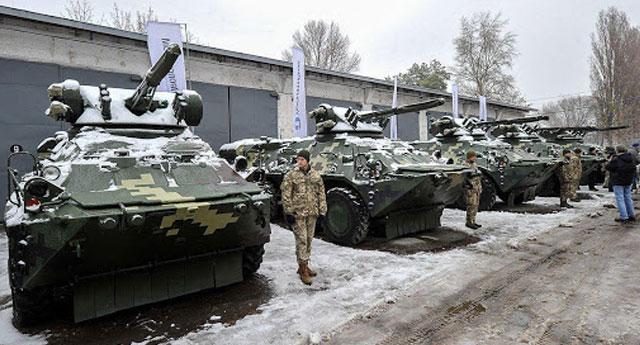 Moskova ve Kiev karşılıklı olarak diplomatları sınırdışı etti